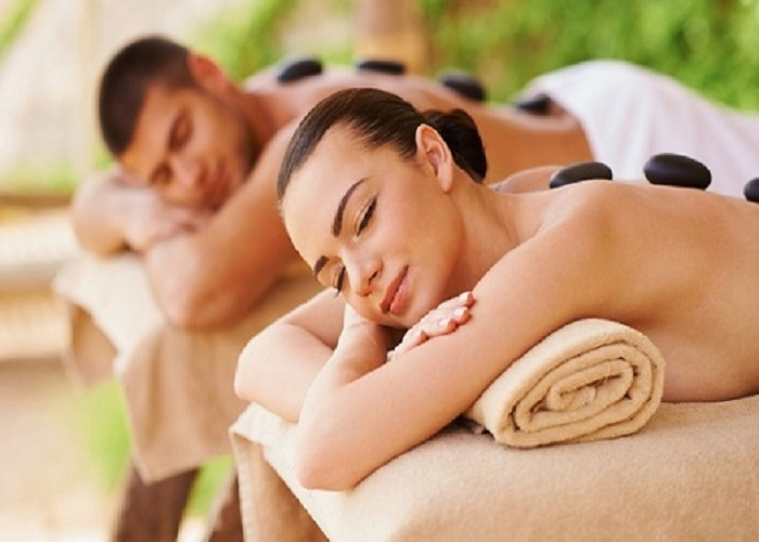 Couple Body Massage in Mumbai